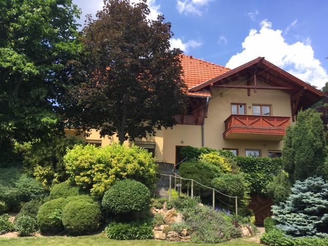 Eladó családi ház 590m2 Budapest, XII. kerület