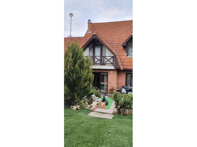 Eladó családi ház 179m2 Pest,  Kertváros