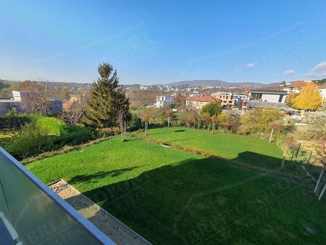 Eladó családi ház 373m2 Budapest, XI. kerület Hosszúrét