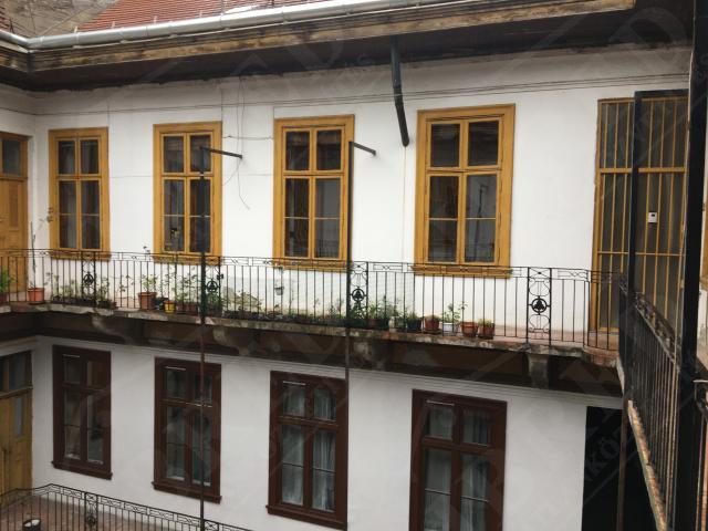 Eladó lakás 107m2 Budapest, IX. kerület Belső-Ferencváros